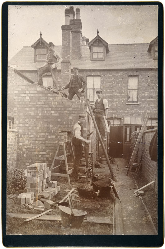 Portrait of Builders